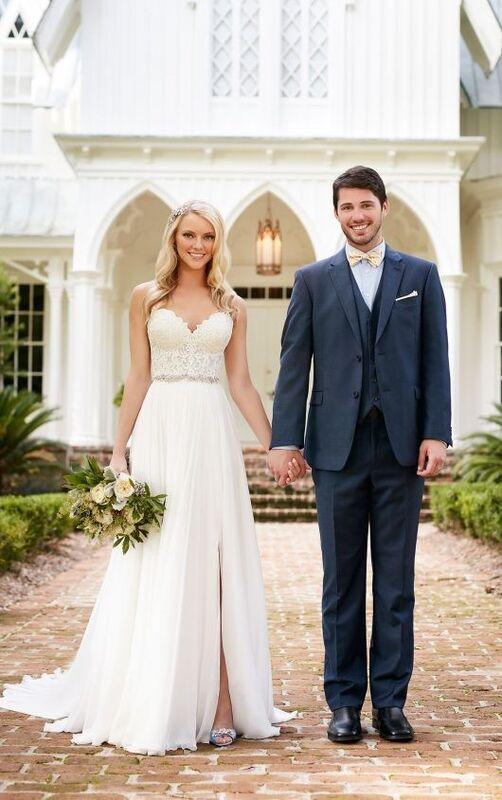 Свадебное платье напрокат Essense of Australia Платье свадебное Celia Shae - фото 1