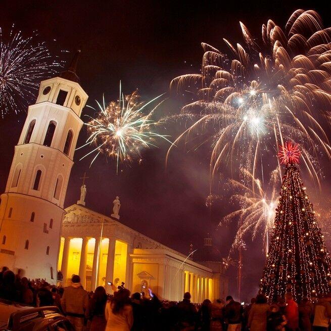 Туристическое агентство Респектор трэвел Автобусный экскурсионный тур «Новый Год в Вильнюсе» - фото 1