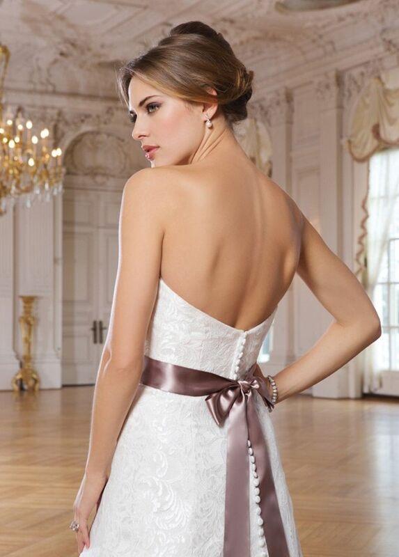 Свадебное платье напрокат Lillian West Платье свадебное «Adriana» - фото 3