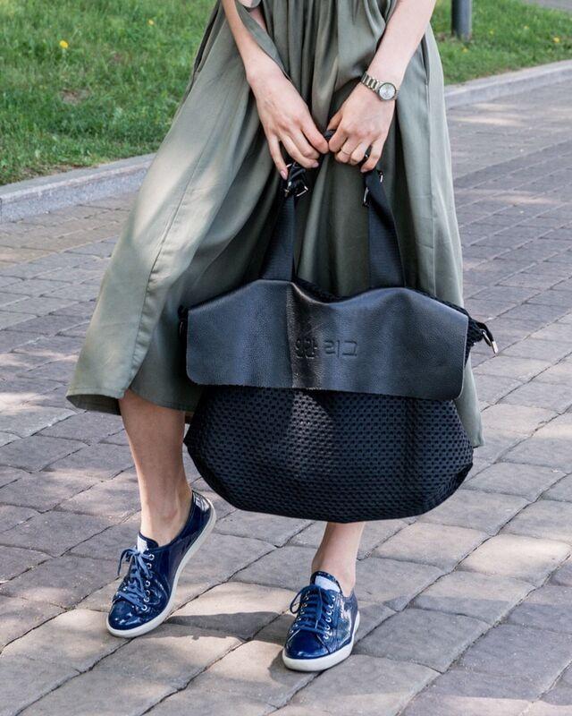 Магазин сумок It's me! (Это Я!) Сумочка в черном цвете. - фото 1