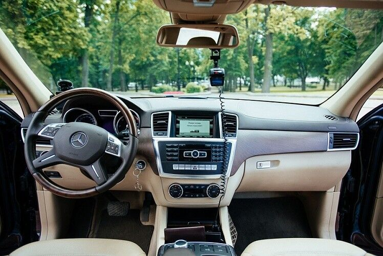 Аренда авто Mercedes-Benz GL 2015 г. - фото 4