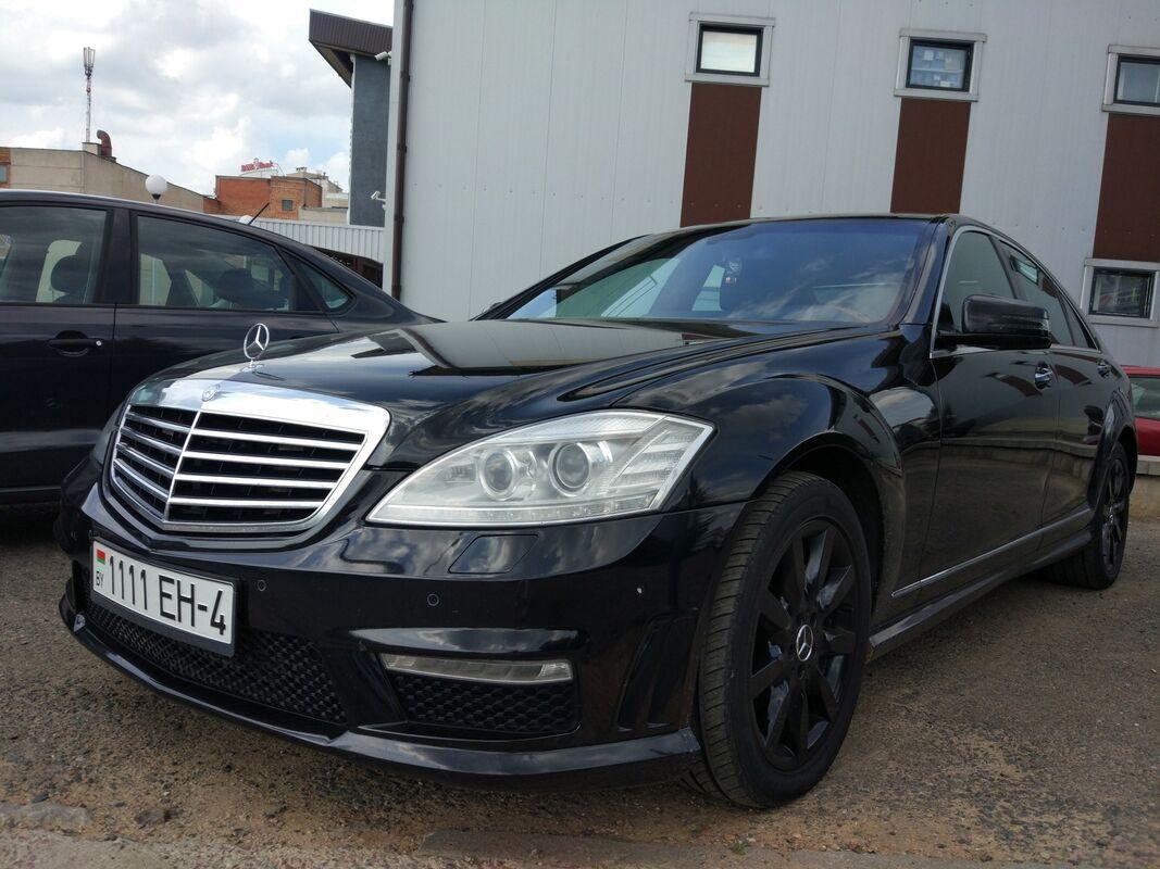 Аренда авто Mercedes-Benz S-класс W221 Черный - фото 2