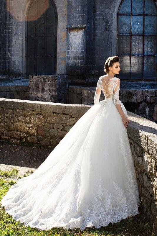 Свадебный салон Bonjour Свадебное платье «Caprice» из коллекции LA SENSUALITE 2017 - фото 4
