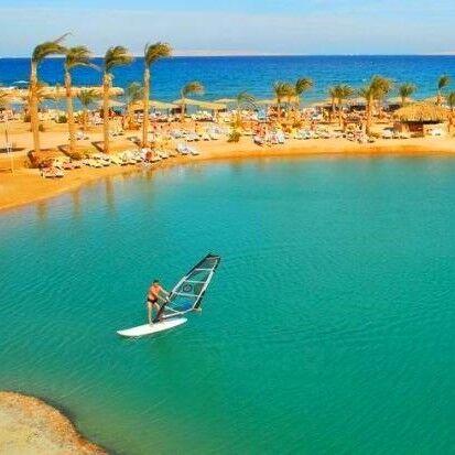 Туристическое агентство Айкью групп Пляжный авиатур в Египет, Хургада, Golden 5 Almas Resort 5*, 10 ночей - фото 1