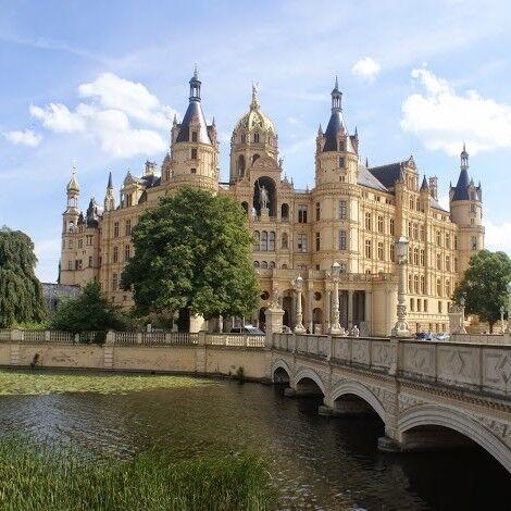 Туристическое агентство Внешинтурист Экскурсионный автобусный тур D2 «Ганзейские города Северной Германии» - фото 1