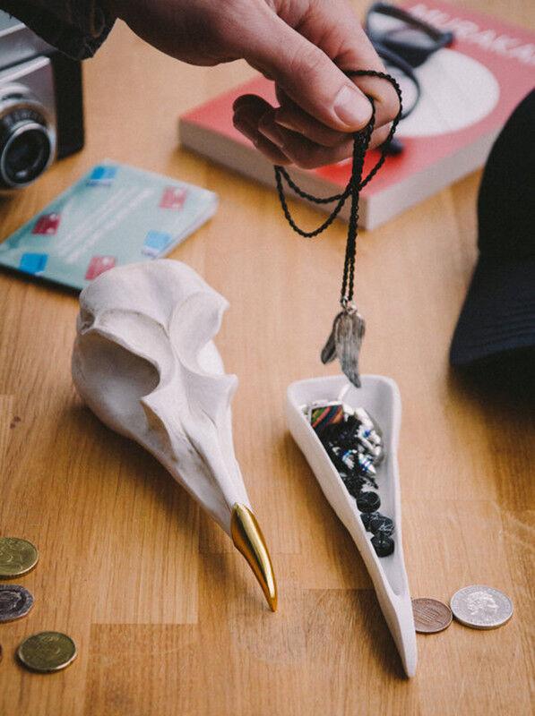 Подарок на Новый год Suck UK Шкатулка для украшений Bird Skull (белый) - фото 2