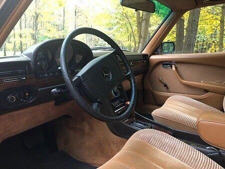 Прокат авто Mercedes-Benz W116 1979 г. - фото 11
