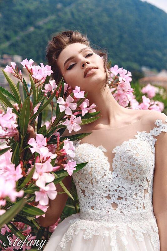 Свадебный салон Bonjour Galerie Свадебное платье Stefany из коллекции Royal Luxury - фото 4