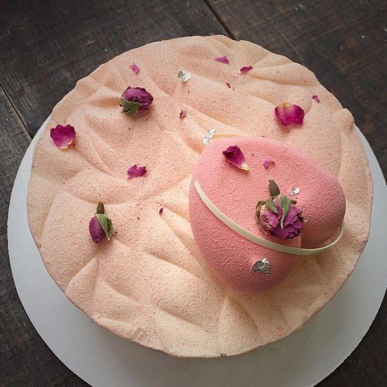 Торт DOLCE Муссовый торт «Оно слышит тишину» - фото 1