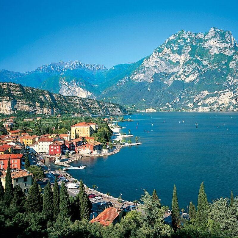 Туристическое агентство Респектор трэвел Автобусный экскурсионный гранд тур по Италии с отдыхом на море - фото 1
