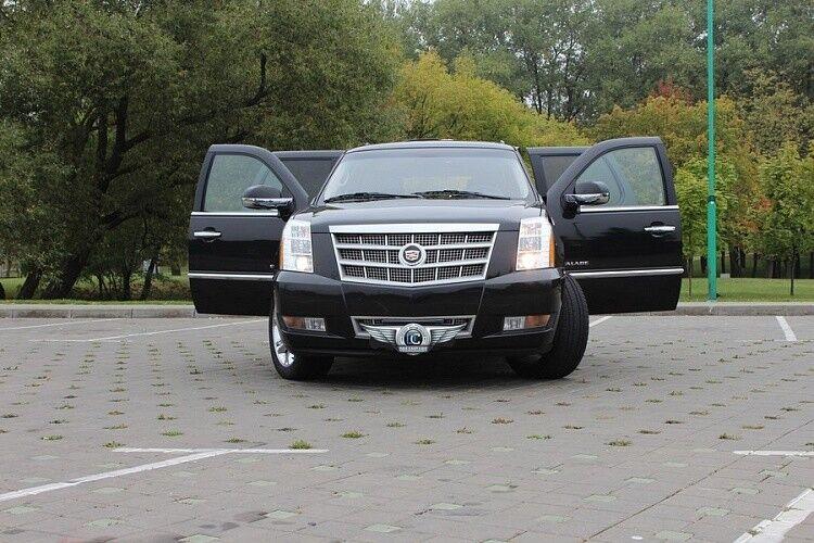Прокат авто Cadillac Escalade - фото 3