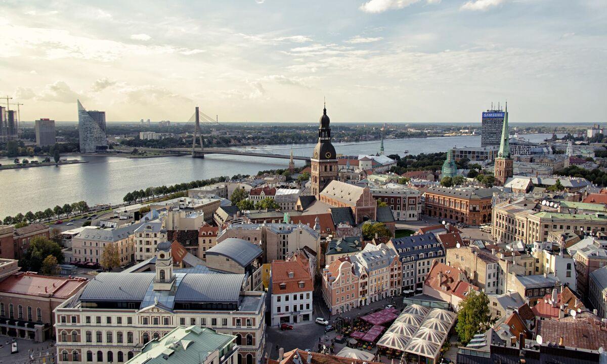 Туристическое агентство Элдиви Автобусный экскурсионный тур «Янтарное ожерелье: Таллин – Рига – Юрмала – Вильнюс» - фото 3