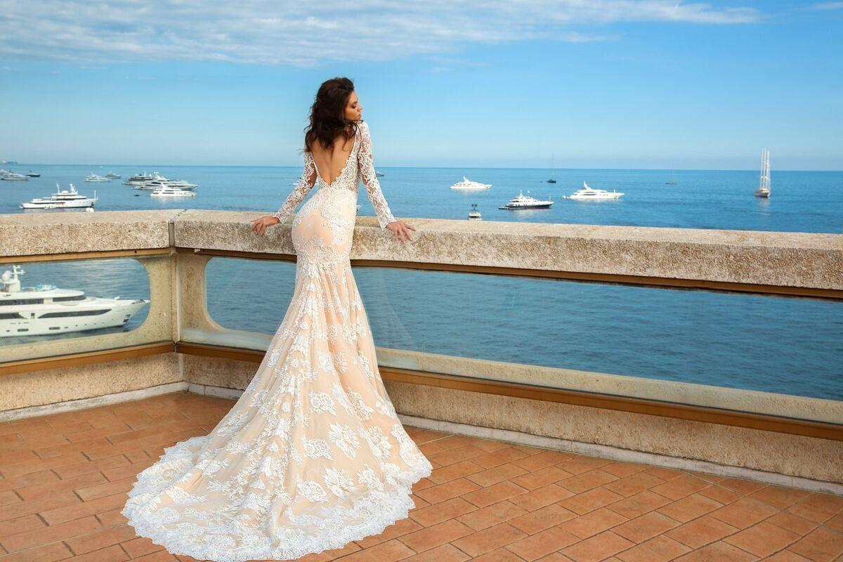 Свадебное платье напрокат Crystal Свадебное платье Rian - фото 3