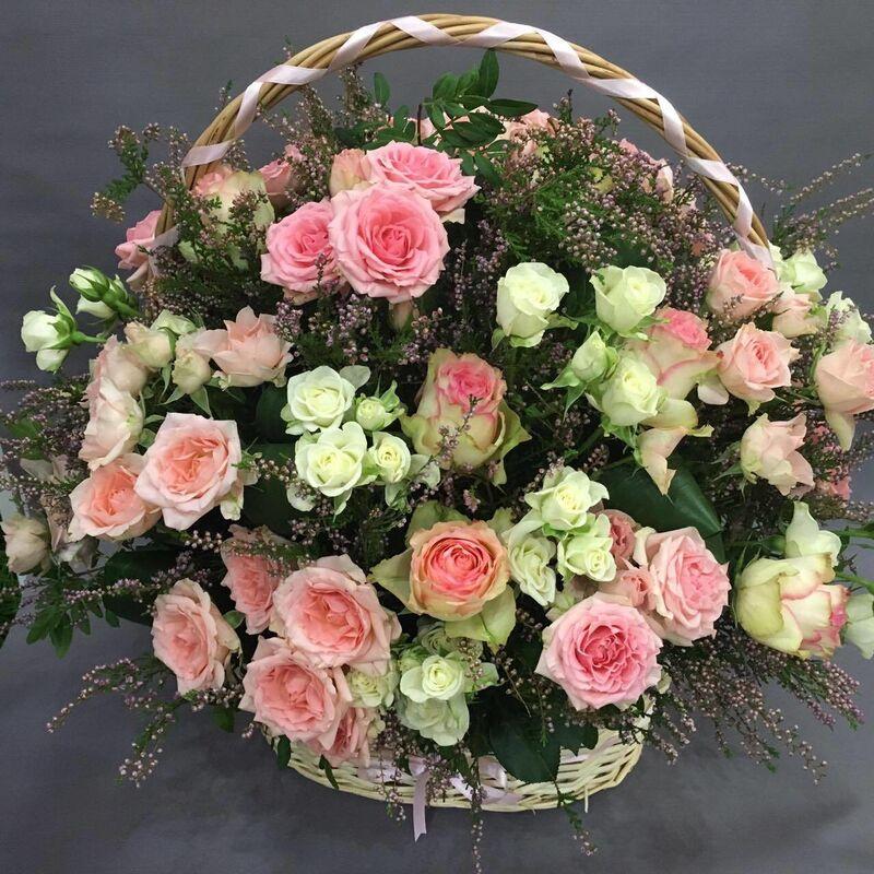 Магазин цветов VGosti.by Корзина с цветами «Аристократка» - фото 1