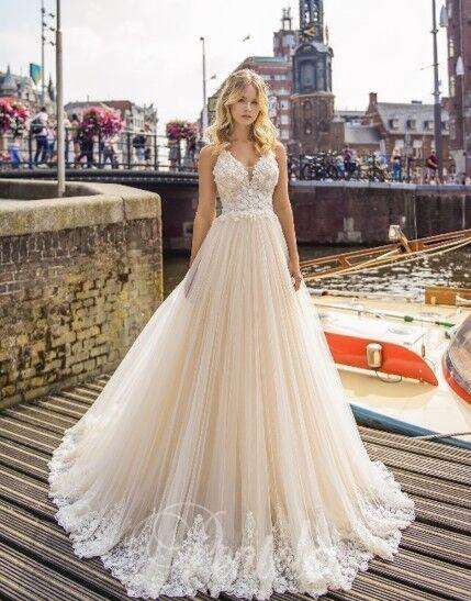 Свадебное платье напрокат Lavender Свадебное платье Mary - фото 1