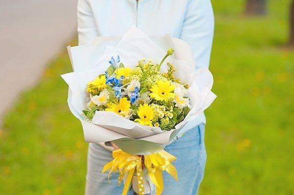 Магазин цветов Цветы на Киселева Букет «Свет в Окошке» - фото 1