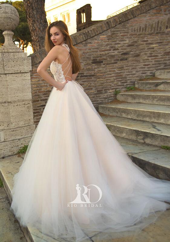 Свадебное платье напрокат Rafineza Свадебное платье Ingrit напрокат - фото 3