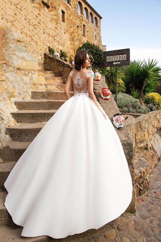 Свадебное платье напрокат Bonjour Платье свадебное «Neftis» из коллекции LA SENSUALITE 2017 - фото 2