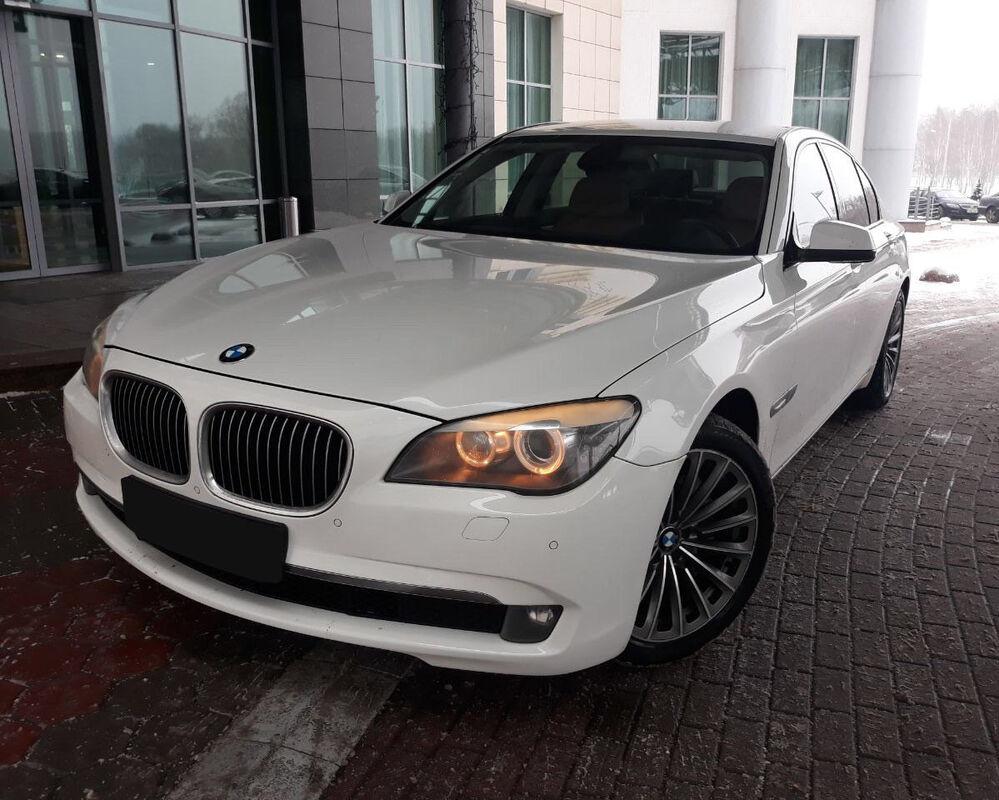 Прокат авто BMW 7 (F01) - фото 3