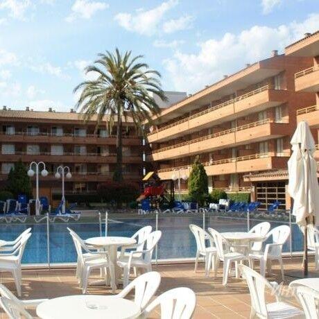 Туристическое агентство Denvi Travel Пляжный авиатур в Испанию, Камбрилс, Voramar Aparthotel 3* - фото 1