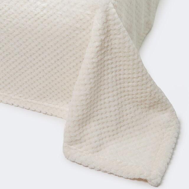 Подарок Ecotex Декоративный флисовый плед 150х200 Elegance Кремовый - фото 1