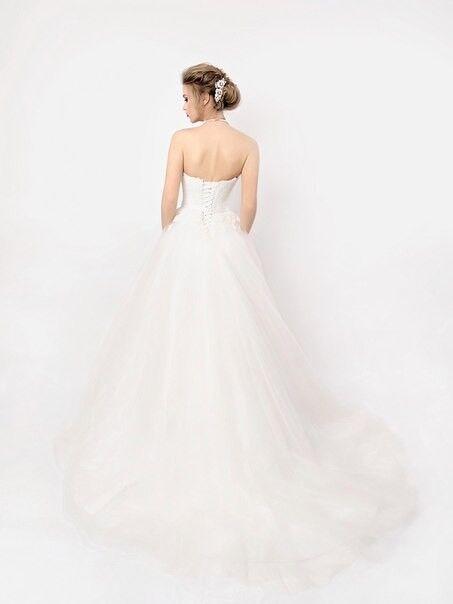 Свадебное платье напрокат Shkafpodrugi Пышное платье свадебное с кружевом на корсете и открытыми плечами 004-16 - фото 2
