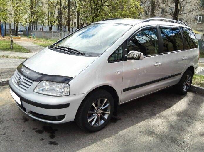 Прокат авто Volkswagen Sharan - фото 1
