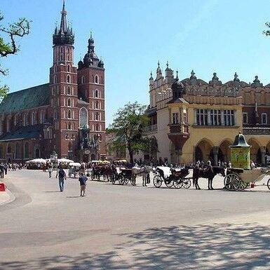 Туристическое агентство EcoTravel Автобусный тур «Выходные в средневековом Кракове» - фото 1