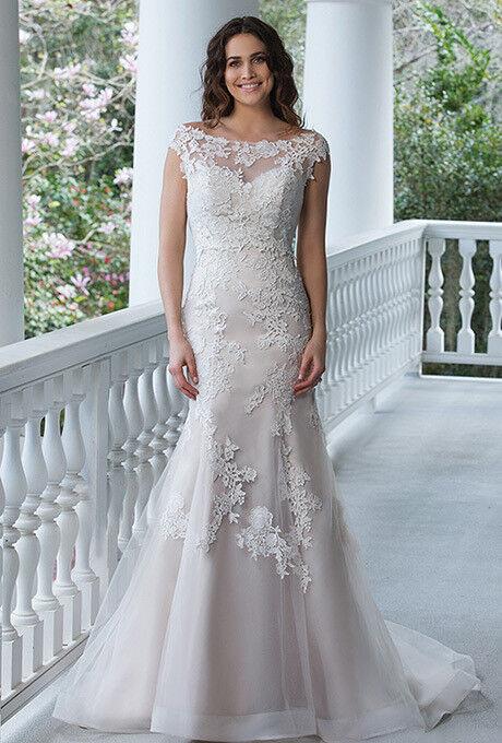 Свадебное платье напрокат Sinserity Свадебное платье 3842 - фото 1