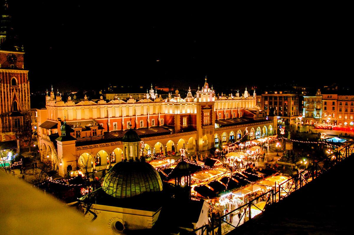 Туристическое агентство Элдиви Автобусный экскурсионный тур «Краков – новогодний город королей» - фото 6