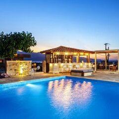 Туристическое агентство Habanero Пляжный aвиатур в Грецию, Крит, Adelais 3*
