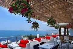 Горящий тур United Travel Пляжный отдых. Албания, Влёра. Вылет из Минска. Отель ALER Luxury Hotel Vlora 4*