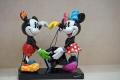 Подарок Romero Britto Disney Фигурка «Микки и Мини»