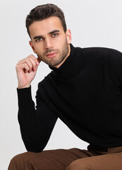 Кофта, рубашка, футболка мужская O'stin Базовый джемпер MK6V72-99