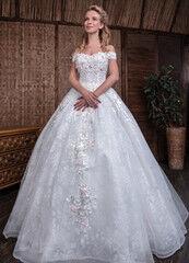 Свадебное платье напрокат Millenium Платье свадебное Флорентина