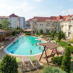 Туристическое агентство Элдиви Пляжный тур в Украину, Коблево, отель «Дельфин»