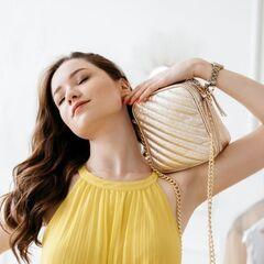 Магазин сумок Vezze Кожаная женская сумка C00508