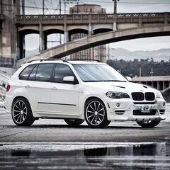 Прокат авто Прокат авто BMW X5 белого цвета