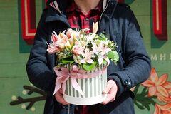 Магазин цветов Цветы на Киселева Композиция в коробке № 202