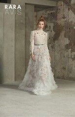 Свадебный салон Rara Avis Свадебное платье Floral Paradise 2018 Malina