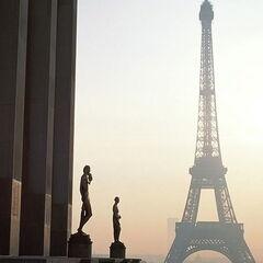 Туристическое агентство Боншанс Экскурсионный автобусный тур «Красоты Праги и Парижа»