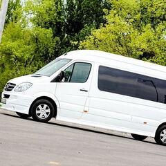 Прокат авто Прокат авто с водителем, Mercedes-Benz Sprinter белого цвета