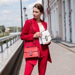 Магазин сумок Vezze Кожаная женская сумка C00500