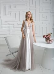 Свадебное платье напрокат Destiny Collection Платье свадебное 1835