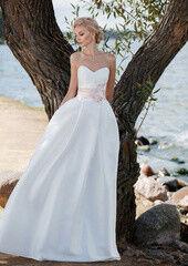 Свадебное платье напрокат Edelweis Платье свадебное «Love»