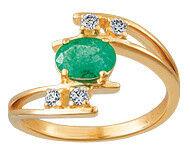 Ювелирный салон Русские самоцветы Кольцо с бриллиантами и изумрудом 95293