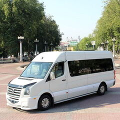 Прокат авто Аренда микроавтобуса Volkswagen Crafter White