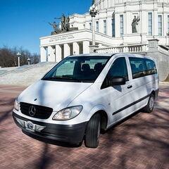 Прокат авто Аренда микроавтобуса Mercedes-Benz Vito White