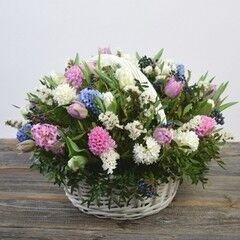 Магазин цветов Cvetok.by Цветочная корзина «Весенний вальс»