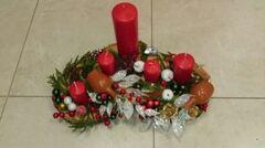 Магазин цветов Florita (Флорита) Новогодняя композиция на натуральной основе на 5 свечей арт. 201220
